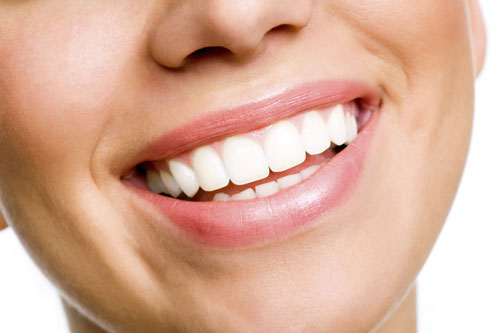 How to Whiten Your Teeth with Your Diet